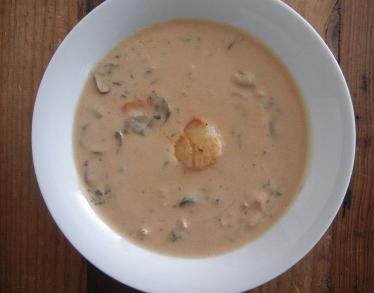 Scallop Bisque - Red Hot and Hungry